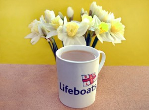 Spring-Coffee-Morning-for-Lowestoft-RNLI-Lifeboat-560x413